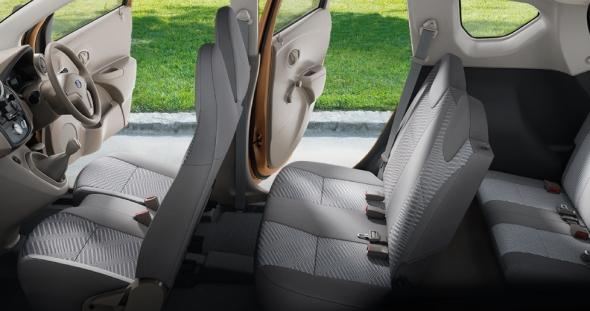 Interior Datsun Go+ 3 Baris